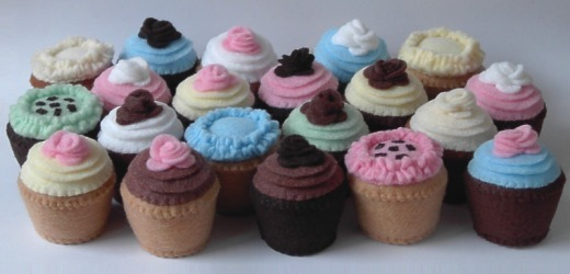 mini handstitched felt cupcakes